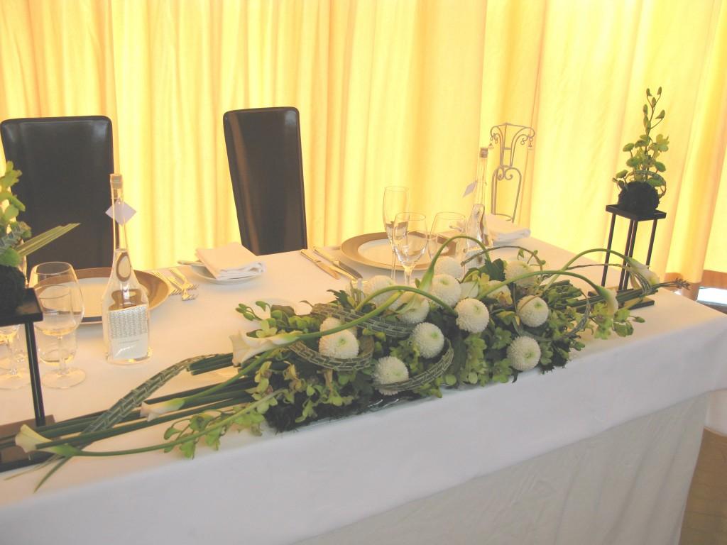 ウェディングの花  和の会場装花 メインテーブル